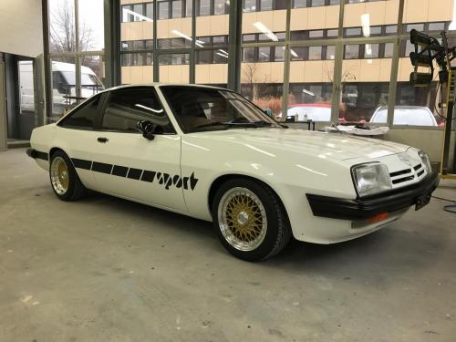 Teilrestauration Opel Manta GT/E